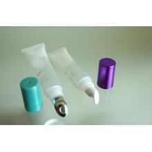 Небольшая трубка для бальзам для губ с наклонной наконечником
