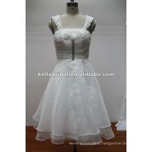 Vestido de dama de honra de organza de flores requintado para casamento