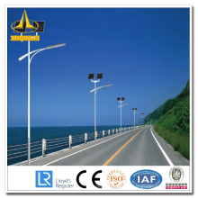 Pólo do sinal de trânsito da energia solar