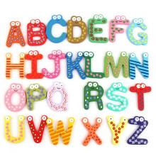 Jouet éducatif en bois alphabet puzzle en gros