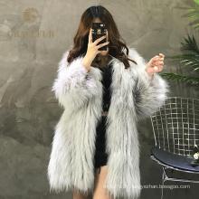 Manteau de fourrure de raton laveur véritable d'excellente qualité