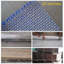 Pulsar la almohadilla en la prensa caliente de ciclo corto