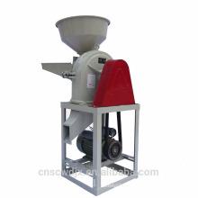 As aves domésticas de DONGYA alimentam a máquina do moedor da farinha de milho