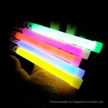 brilhar no bastão escuro