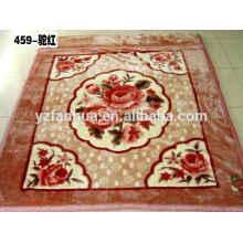 Modèle plat Knited Polyester fleur imprimé Raschel vison couvertures