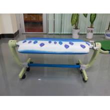 Table de repassage carrée PP de haute qualité et table à repasser pour double face utilisable