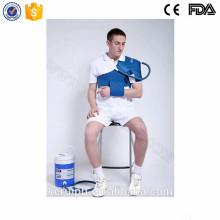 paquetes de hielo terapia física para el hombro