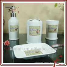 ceramic bathroom set four E022