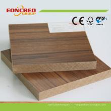 Meilleure qualité MDF plaine Couleurs de bois MDF