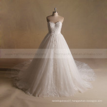 Charming Sweet Heart High Special Lace Puff Ball Wedding Gown With a Long Train