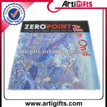 Chiffon de nettoyage en microfibres avec logo de la carte