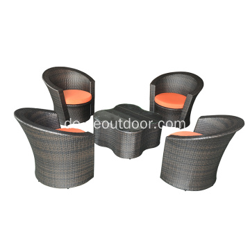 Wicker Blumiges Distro Set mit Glasplatte
