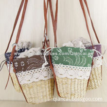 Lady bags, made of straw and fabric