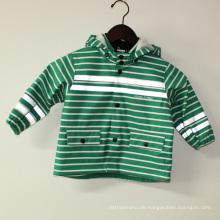 Grüner Streifen Reflektierende PU Regenjacke / Regenmantel