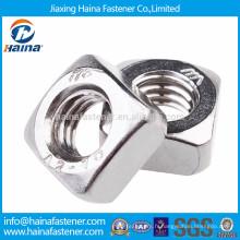 Écrou carré en acier inoxydable A2-70 M3-M12 DIN557