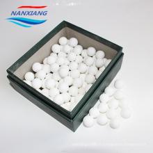 chine fabrication Haute qualité 99 billes en céramique inerte Alumina et Boules réfractaires en céramique résistant à la chaleur
