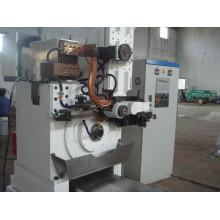 Machine à tubes à puits et puits