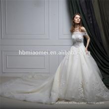 Vestido de boda verdadero del guangzhou del cordón del hombro de la muestra una palabra con la cola larga