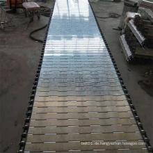 Kettenband aus Metallplatten für den Transport schwerer Lasten