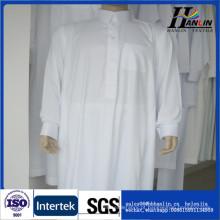 China Fábrica de tecido por atacado 2016 recém-design poliéster tecido girado para árabe robe \ thobe tecido árabe vestido dubai