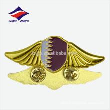 Cadeaux de souvenirs d'art de haute qualité drapeau de l'or badge de Qatar