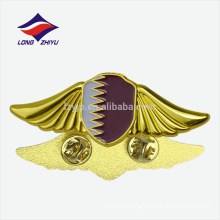 High quality new art souvenir gifts gold flag Qatar badge