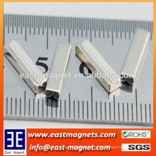 Kleine Rutsche Form Neodym Magnet für Handy / cusntom V Form ndfeb Magnet für