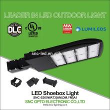Diversa luz del estacionamiento de la UL del ángel DLC del haz, luces del polo del área LED, 130lm / w 300w cambio ligero de 1000w LED