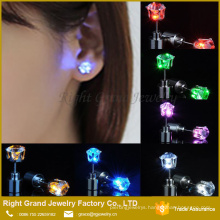 Wholesale Fashion Stainless Steel LED Bling AAA Cubic Zirconia Blue Earring Studs