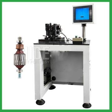 Automatic positioning rotor balancing machine