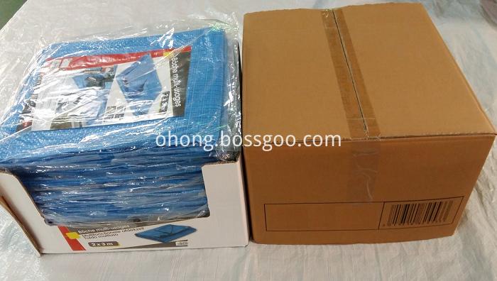 Blue PE tarps display packing