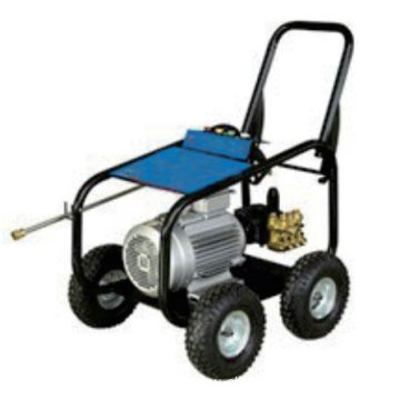 Cummins diesel driven high pressure cleaner