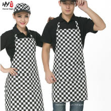 O costume imprimiu o avental longo das mulheres do logotipo com bolso
