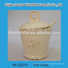 2016 nuevo estilo de cerámica pot sazonar con cuchara