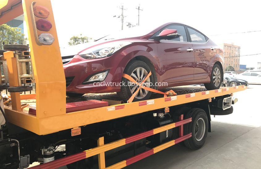 Car Towing vehicle 4