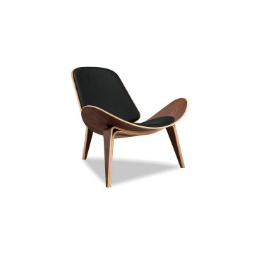 Wegner CH07 Shell Chair chaise en bois courbé