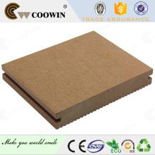 WPC Solid Deck sieht am meisten wie natürliche Kiefer