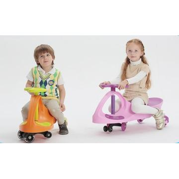 Kids Swing Toy Car Dengan Flash Wheel