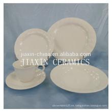 Juego de cena en porcelana blanca con relieve de 20 piezas