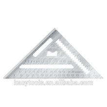 Треугольная стропила. Попробуйте квадратную линейку.