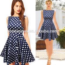Soem-Kleid-Kurzschluss-Hülsen-Frauen-Tupfen-Kleid-Polyester-Druck-Art- und Weisefrauen kleiden an