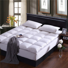 White Microfiber Fabric Polyester Mattress Cover Topper