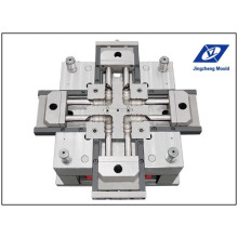 Cold Runner Sub Gate Pipe Fitting Mould/Moulding