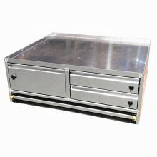 Cajón de metal de tres puertas para uso pesado UTE