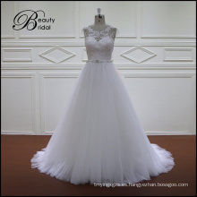 Ajuste de una línea de vestidos de novia rebordear encaje