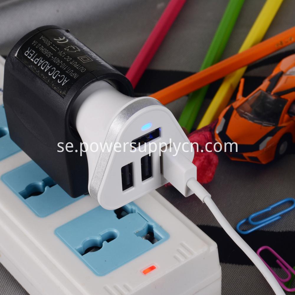 4USB car charger
