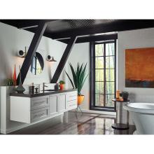 Weiße Vintage-Badezimmer-Waschtische aus Holz