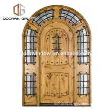 Puerta de entrada principal arqueada doble principal puerta de entrada de madera de caoba de aliso rústico americano nudty