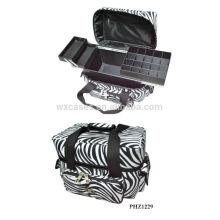 vente chaude & trousse de maquillage waterproof avec 3 plateaux à l'intérieur du fabricant
