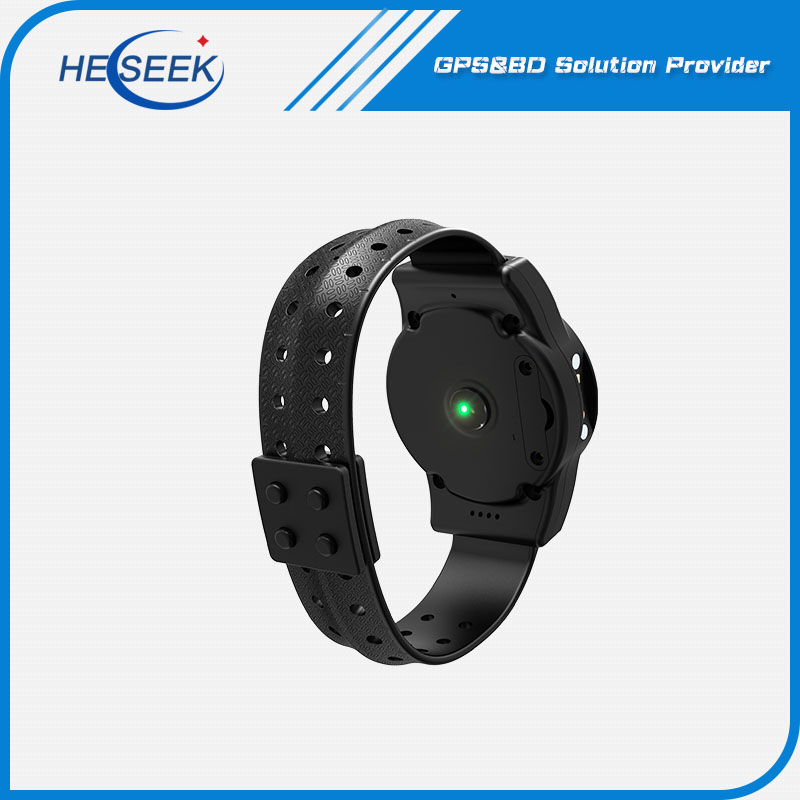 Outdoor Realtime Monitor GPS Watch with GSM